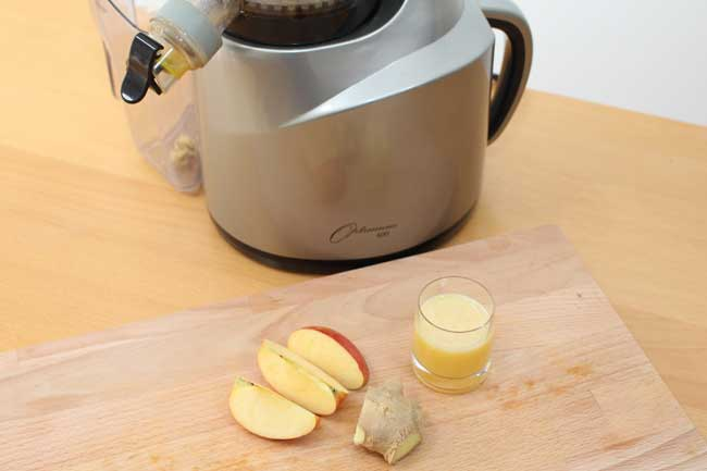 Juicing: Ginger Slammer recipe by Natural Juice Junkie