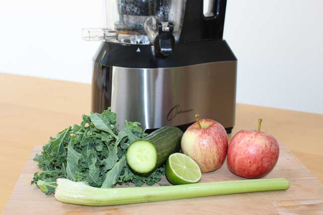 Juicing: Kale of Duty Green Juice Recipe
