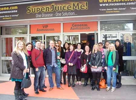 "Neil Martin, Natural Juice Junkie meets members of the ""Inspired by Jason Vale"" Facebook group"