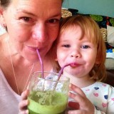 Juicing: Trained Breastfeeding Counsellor Encourages New Mums to Juice
