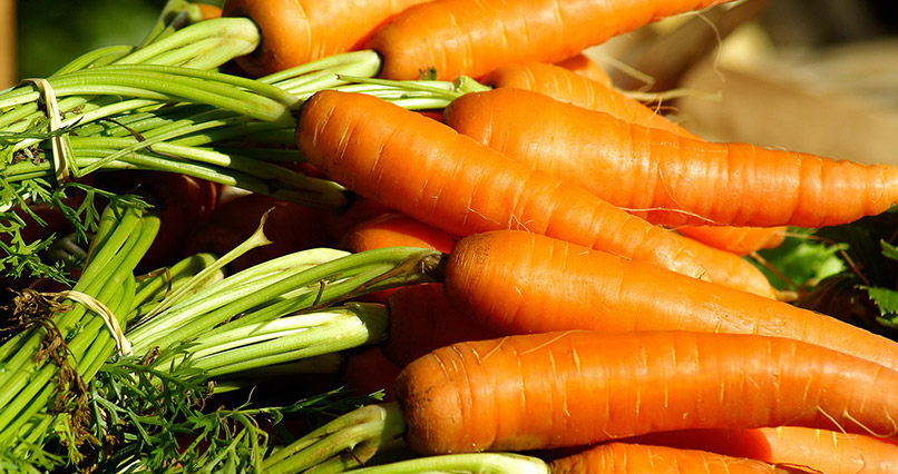 Juicing Carrots and Sweet Potato Could SLASH Breast Cancer Risk
